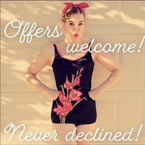 Other - 🌺Make me an offer!🌺